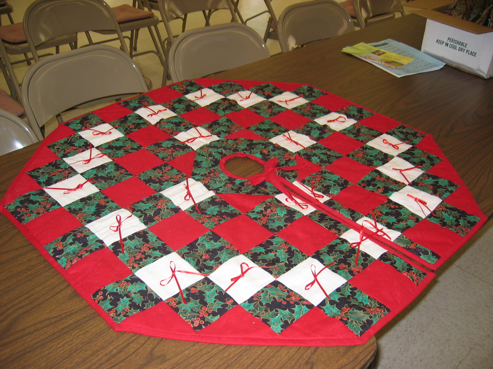 Christmas Tree Skirt No Quilting Just Piecing