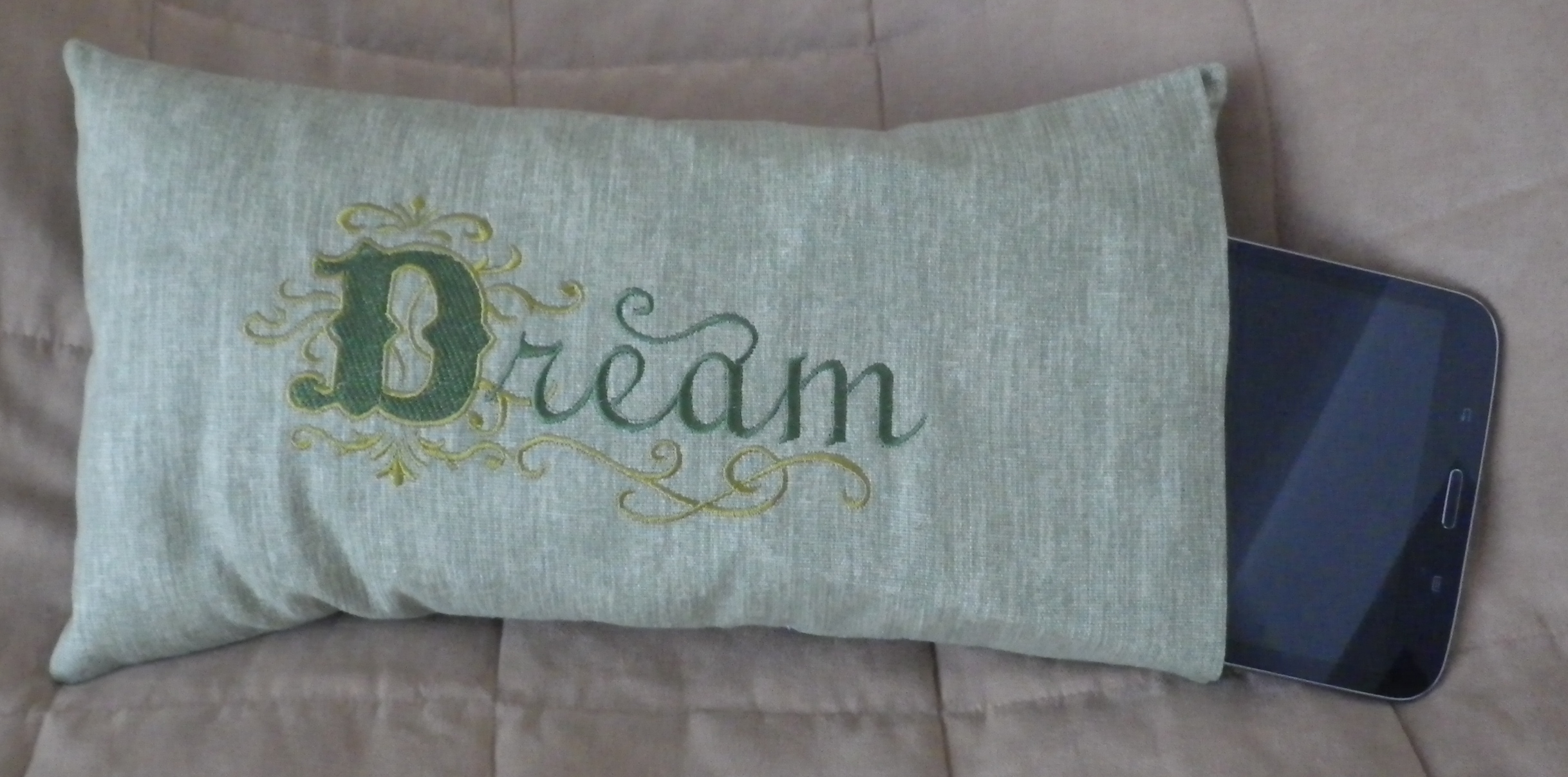Cute Tablet Pillow : Free Embroidery Designs, Cute Embroidery Designs