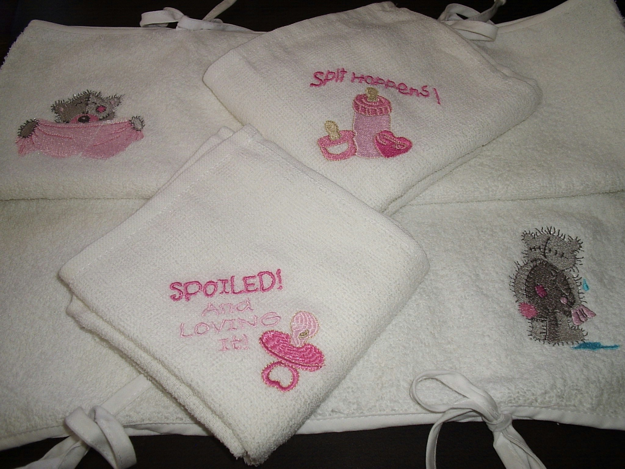Baby Burp Cloth With Funny Expression Saying: Free Embroidery Designs, Cute Embroidery Designs